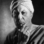 "Aleister Crowley - cca. 1939 e.v. - Foto para o livro ""Eight Lectures on Yoga"""